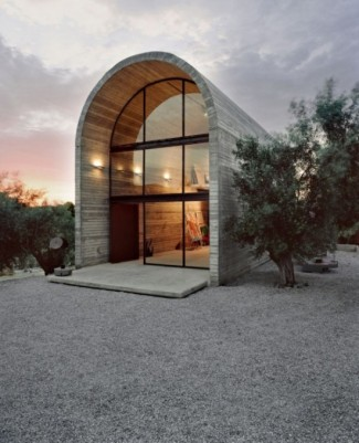 Light and Sophisticated Art Warehouse in Boeotia by A31 Architecture