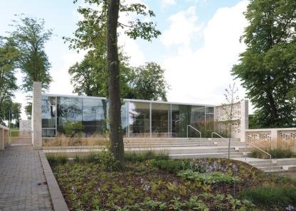 Maggies-Centre-Lanarkshire-by-Reiach-and-Hall_dezeen_784_8