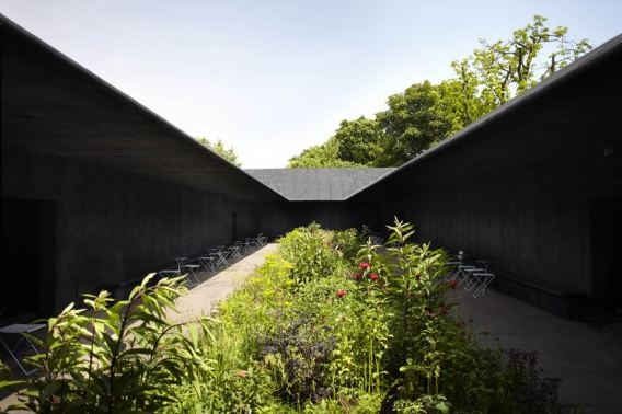 Zumthor, London - Serpentine Gallery4