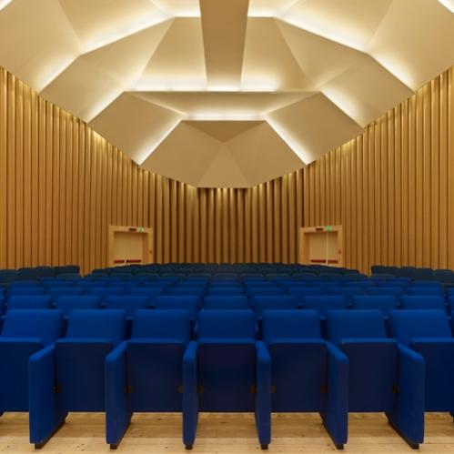 Paper Concert Hall | L'Aquila, Italia |2011 © Shigeru Ban
