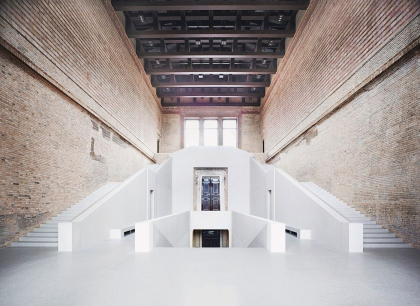 neues museum museum island berlin david chippefield. Black Bedroom Furniture Sets. Home Design Ideas