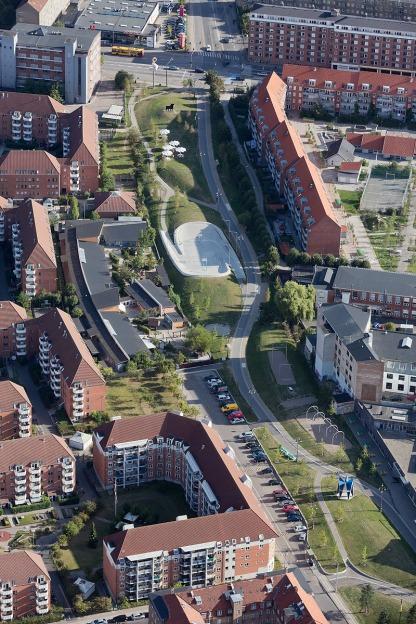 Superkilen Green Park, Copenhagen - Superflex 1