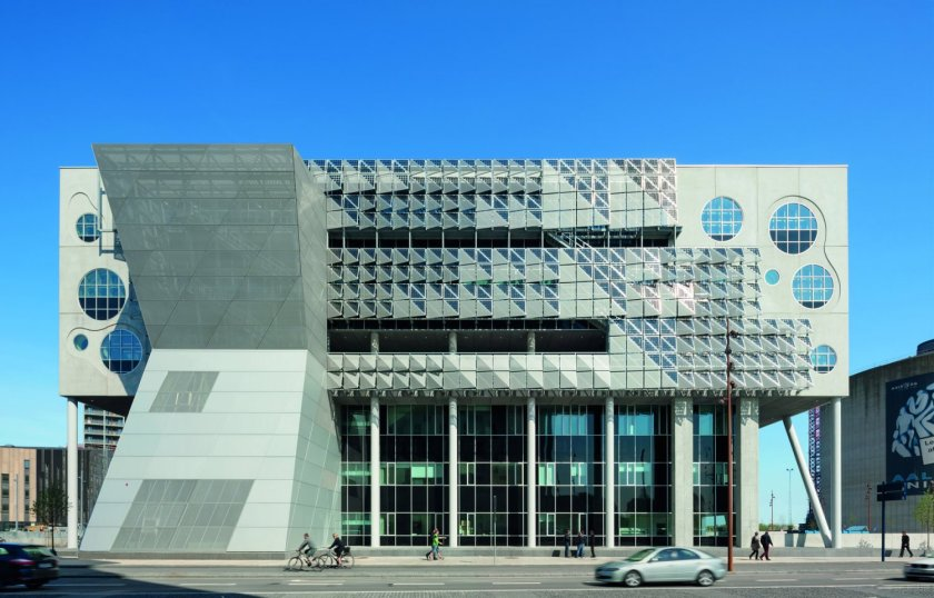 Coop Himmelblau_House of Music_exterior (4)