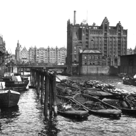 Historic Picture of the Hamburg Harbour5